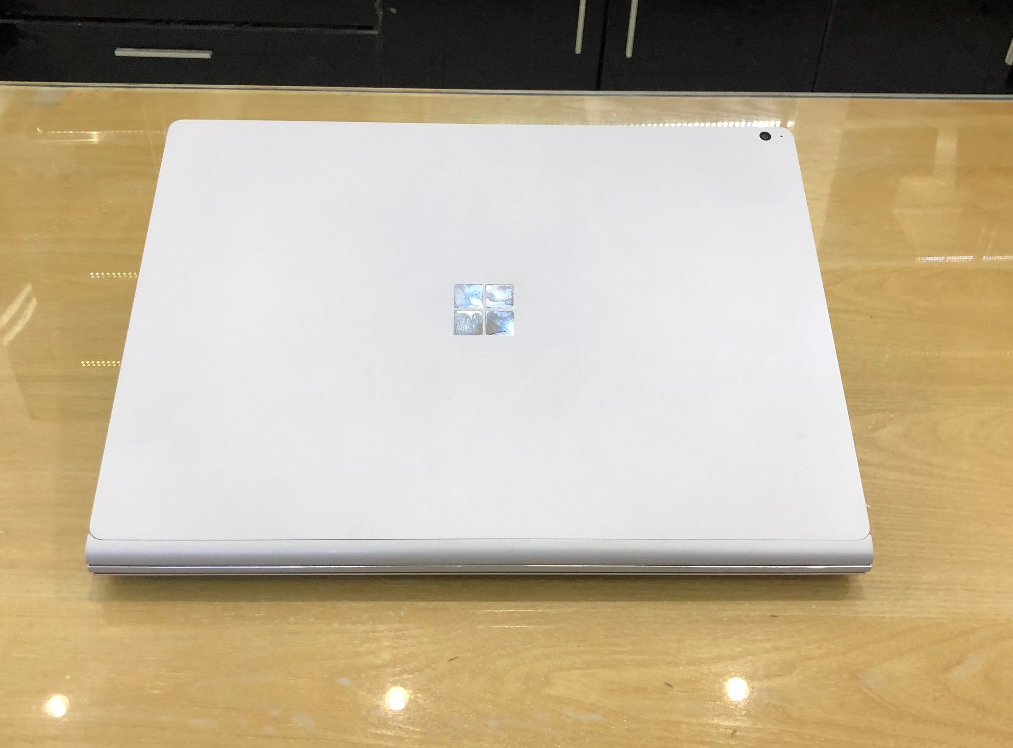 Microsoft Surface Book 2 15-6.jpg